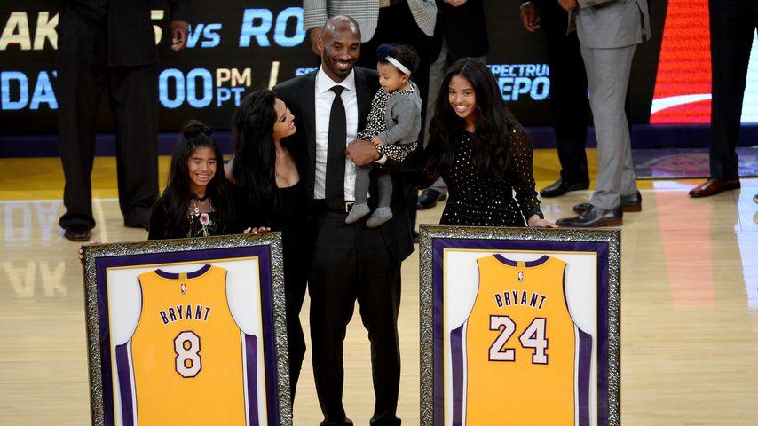 Kobe Bryant mit seiner Frau und seinen Töchtern, Dezember 2017