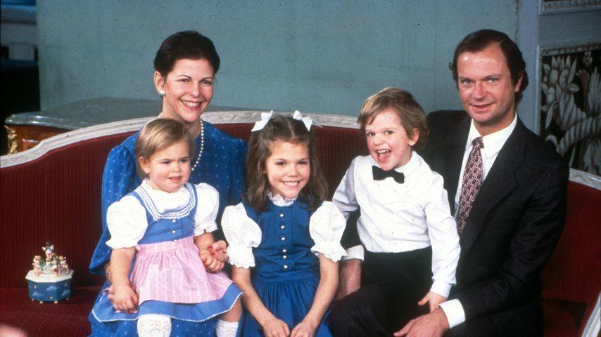 König Carl Gustaf und Königin Silvia von Schweden mit Madeleine, Victoria und Carl Philip