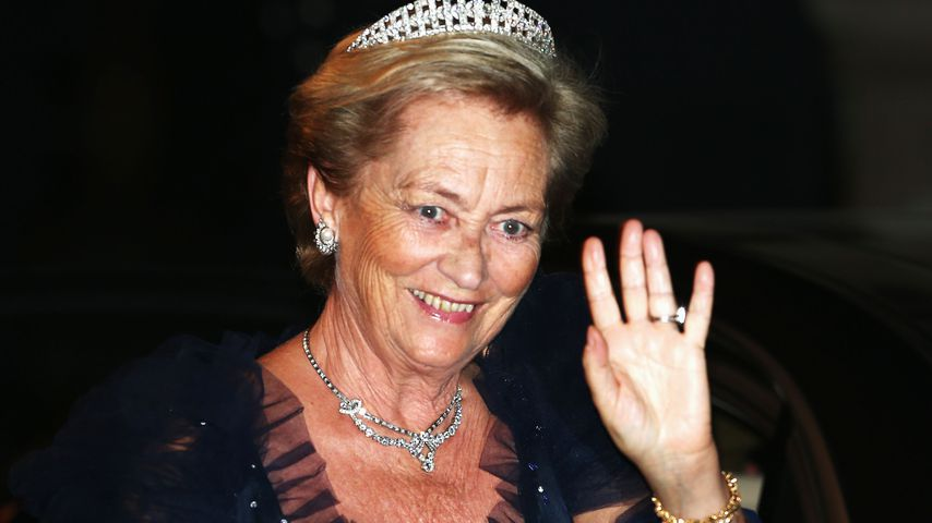 Wirbelbruch! Belgische Königin Paola liegt im Krankenhaus