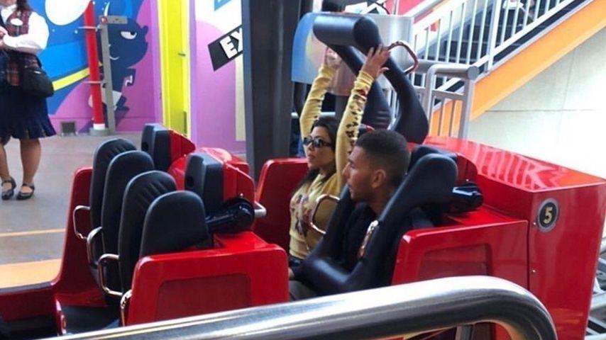 Kourtney Kardashian und Ex Younes im Disneyland erwischt!