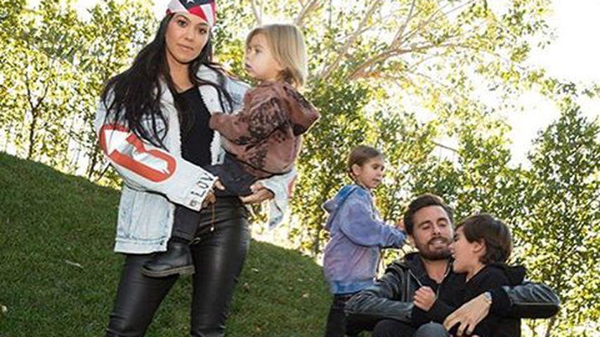 Kourtney Kardashian und Scott Disick mit den gemeinsamen Kindern Mason, Penelope und Reign