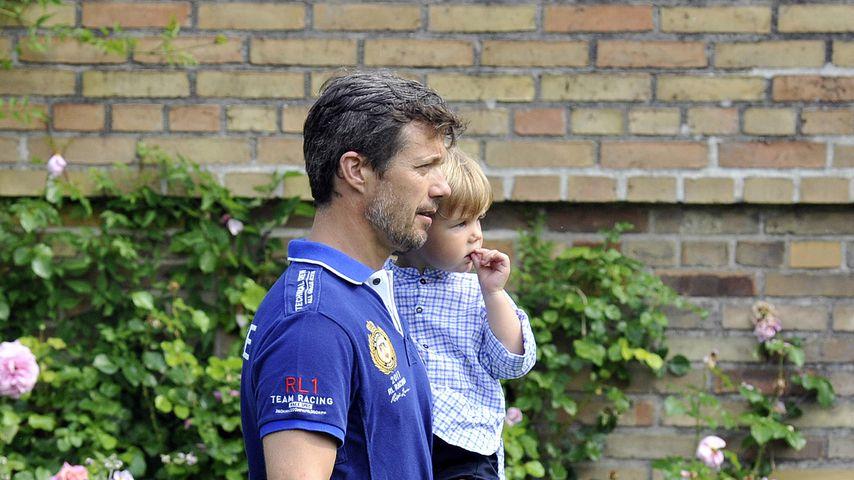 Kronprinz Frederik von Dänemark und sein Sohn Prinz Vincent von Dänemark