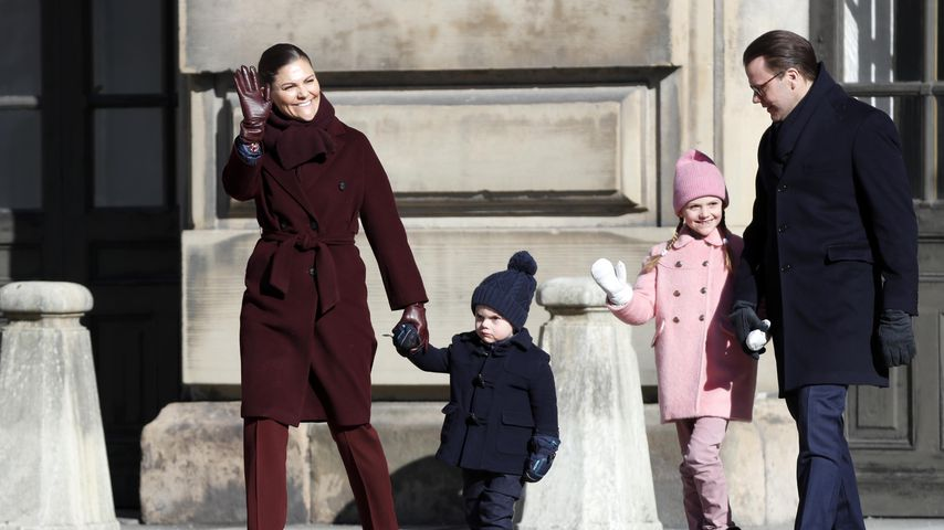 Kronprinzessin Victoria mit ihrem Mann, Prinz Daniel, und den beiden Kindern, März 2019