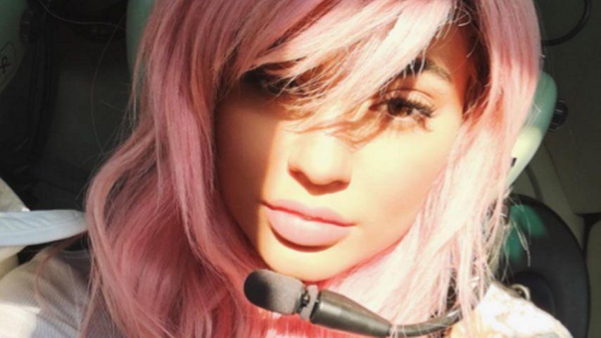 Für Valentinstag mit Tyga: Kylie Jenner zeigt rosa Mähne!