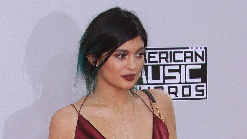 Kylie Jenner: Nippel-Piercing in beiden Brüsten!
