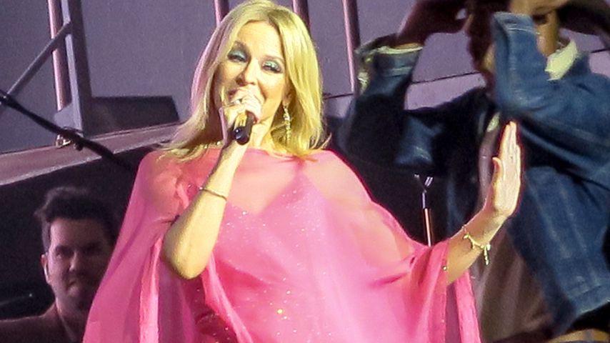 """Kylie Minogue beim """"Golden""""-Tourstopp in Bournemouth, Großbritannien"""