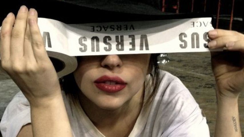 Nach Hüft-OP: Lady GaGa zurück auf mega High Heels