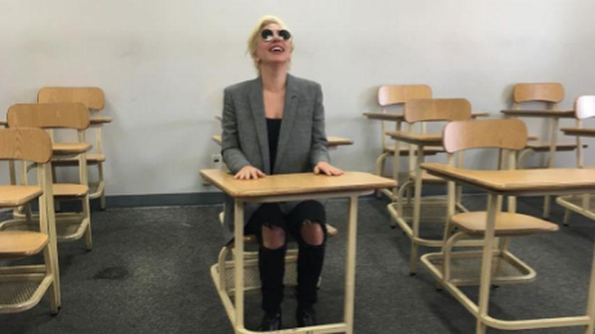 Lady Gaga in der Fahrschule