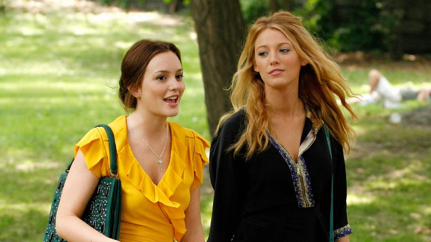 "Leighton Meester und Blake Lively in ""Gossip Girl"""