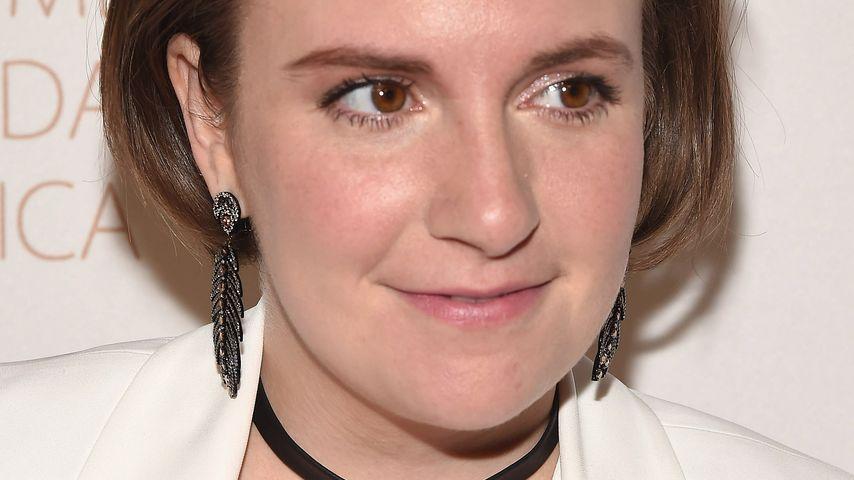 Sympathisch: Lena Dunham in Baumwoll-Unterwäsche