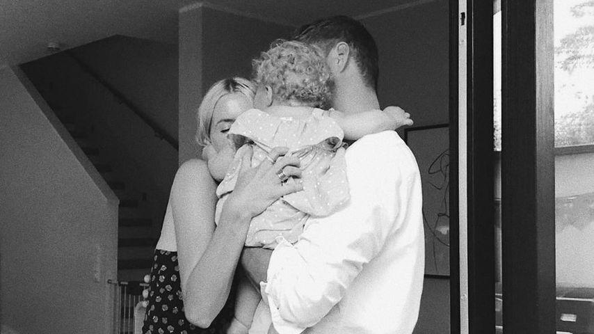 Lena Gercke mit Dustin Schöne und Tochter Zoe im Juli 2021