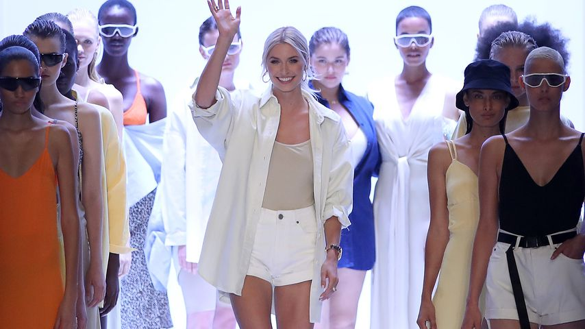 """Lena Gercke nach der Präsentation ihrer """"LeGer""""-Kollektion auf der Berlin Fashion Week"""