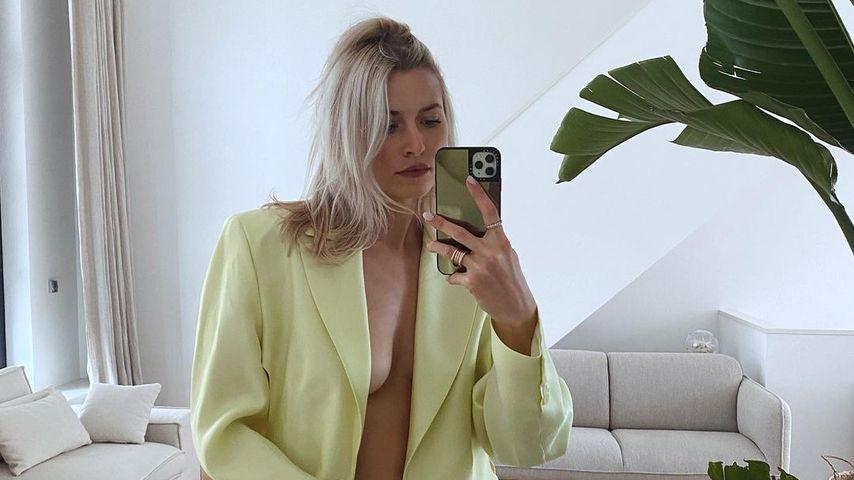 Oh, là, là! Lena Gercke posiert ohne Unterwäsche im Netz