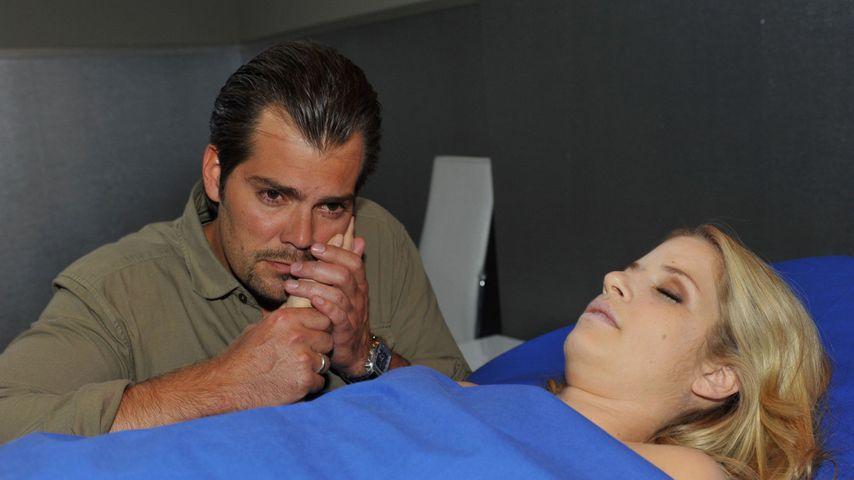 """Leon (Daniel Fehlow) und Verena (Susan Sideropoulos) bei """"Gute Zeiten, schlechte Zeiten"""""""