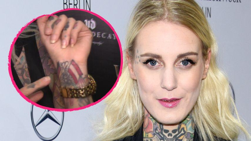Model Lexy Hell: Tattoo wegen verlorener Fußball-Wette