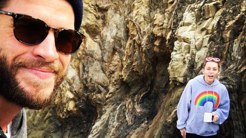 Valentins-Strandspaziergang: Miley und Liam total verliebt!