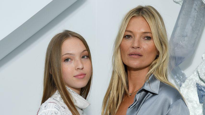 Bei Fashionshow: Kate Moss' Tochter sieht aus wie ihre Mama