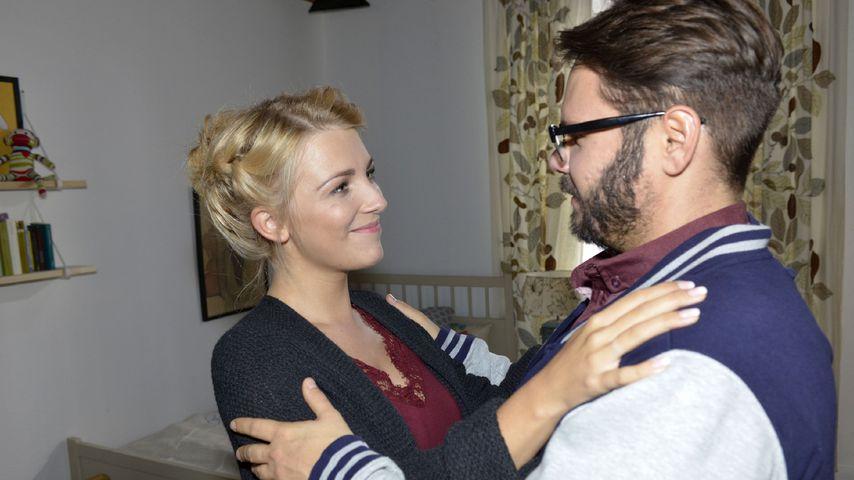 Lilly (Iris Mareike Steen) und Tuner (Thomas Drechsel)