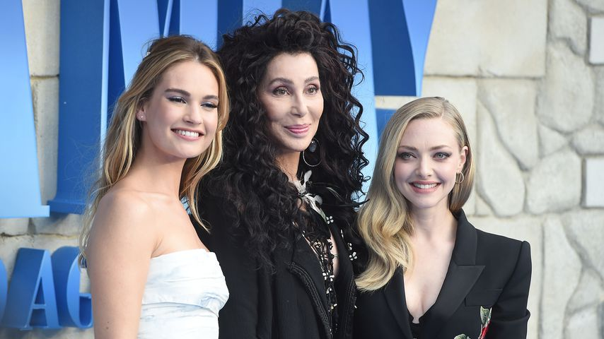 "Lily James, Cher und Amanda Seyfried bei der Premiere von ""Mamma Mia! Here We Go Again"" in London"