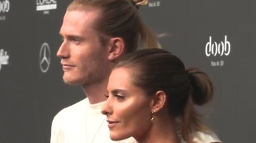 Loris Karius & Sophia mit gleicher Frisur auf Fashion Week!