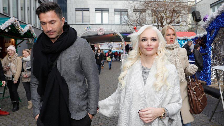 Süße Quietsch-Zeit: Lucas Cordalis brabbelt mit Sophia