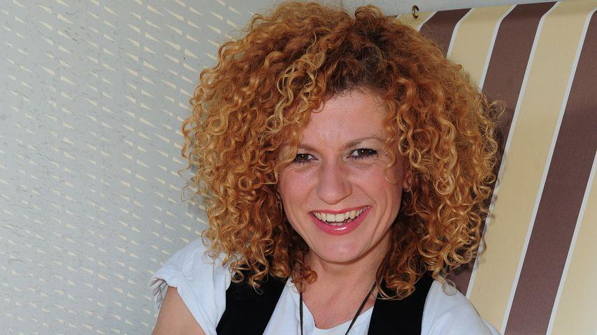 Lucy Diakovska, Sängerin