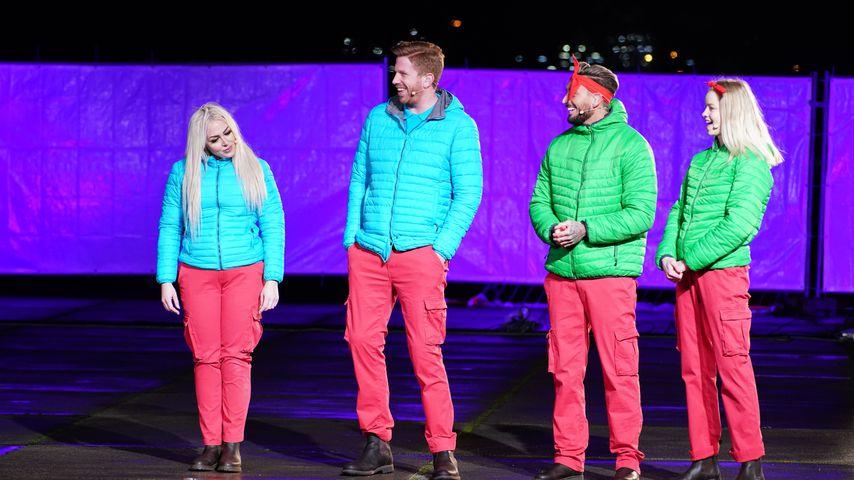 Lydia Kelovitz, Lars Tönsfeuerborn, Mike Heiter und Zoe Saip im Dschungelshow-Halbfinale