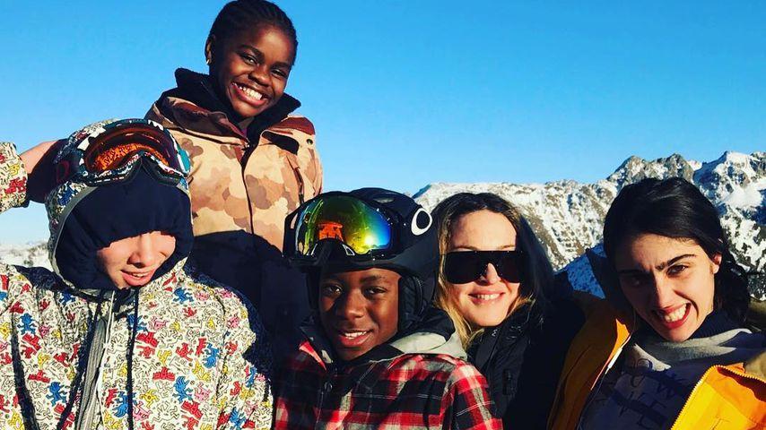 Madonna mit ihren Kindern