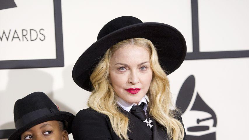 Madonna und ihr Sohn David Banda bei den Grammy Awards