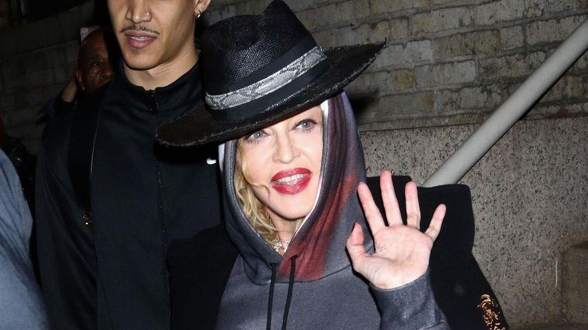 Popszene: Madonna muss US-Konzerte wegen