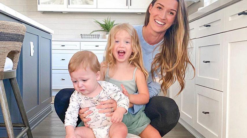Jade und Tanner Roper Tolbert und ihre Kinder Emma und Brooks im Mai 2020
