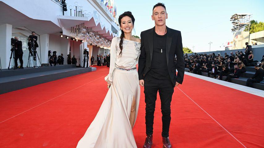 Selten: Jonathan Rhys Meyers mit seiner Frau auf Red Carpet!