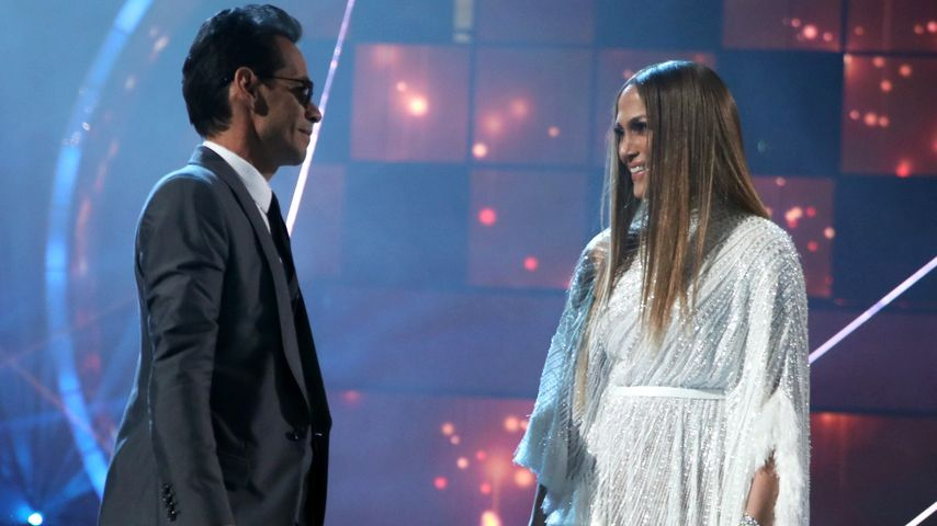 "Marc Anthony und Jennifer Lopez beim 17. ""Annual Latin Grammy Award"""