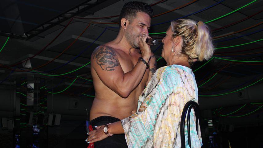 Marc Terenzi und Daniela Büchner während einer Show der SixxPaxx auf Mallorca