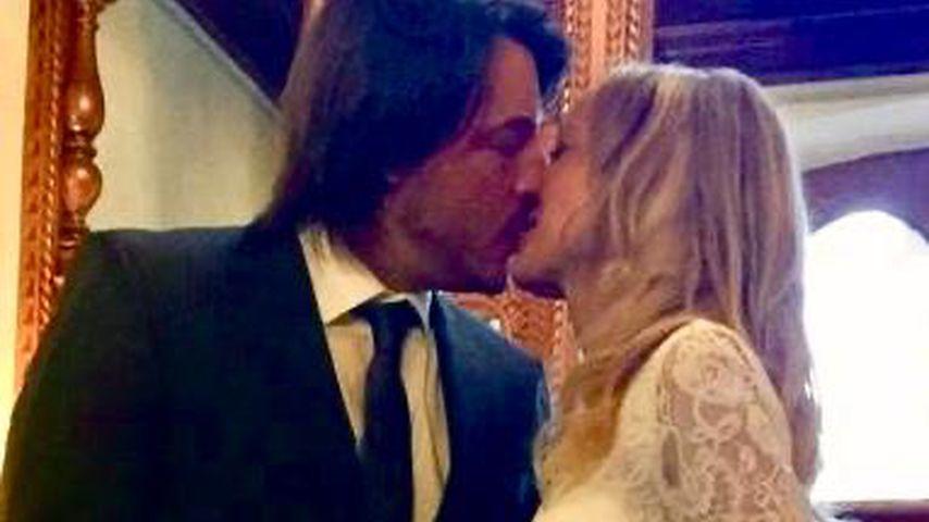 Marcel Saibert und seine Frau Nadine bei ihrer Hochzeit