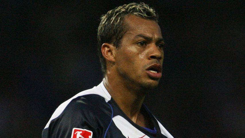 Marcelinho bei einem Match zwischen Hertha und Bayer Leverkusen
