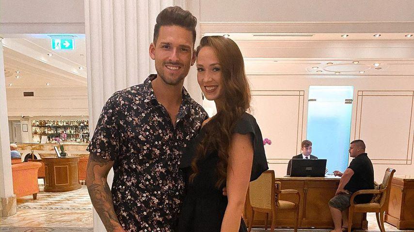 Marco Cerullo und Christina Graß im Versace Hotel, Surfers Paradise
