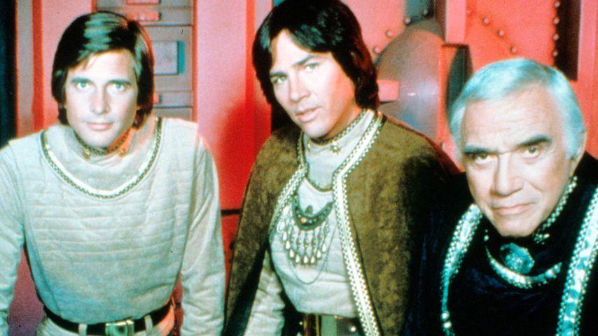 Maren Jensen, Dirk Benedict, Richard Hatch, Lorne Green