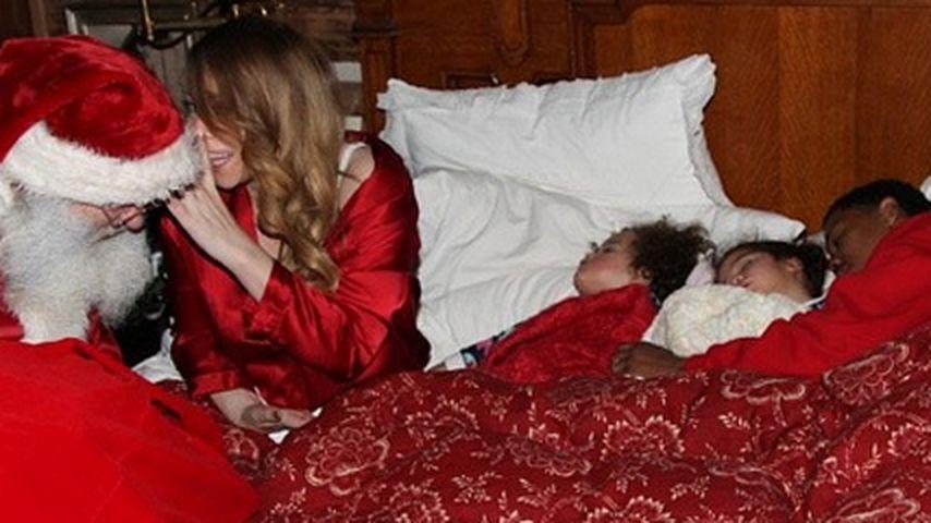 Psst! Hier weckt der Weihnachtsmann Mariah Carey