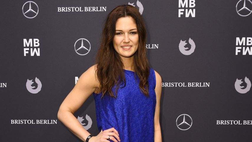 Kickbox-Weltmeisterin Marie Lang auf Riani-Fashionshow in Berlin