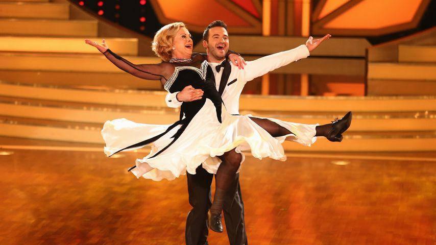 """Marijke Amado mit ihrem Tanzpartner Stefano Terrazzino bei """"Let's Dance"""" im Jahr 2013"""