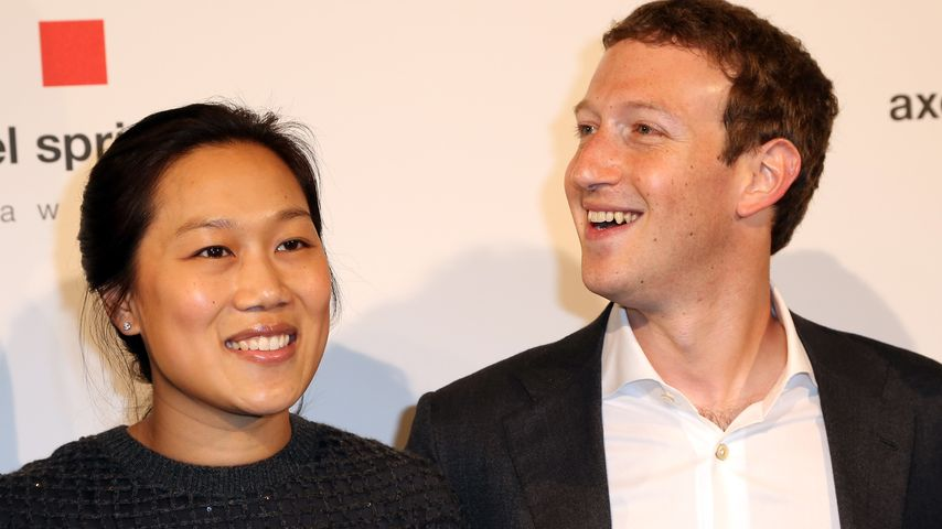 Erstes Baby-Schwimmen: Mark Zuckerberg als Bademeister-Daddy