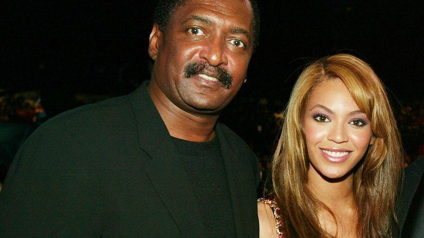 Mathew Knowles und Beyoncé im März 2004