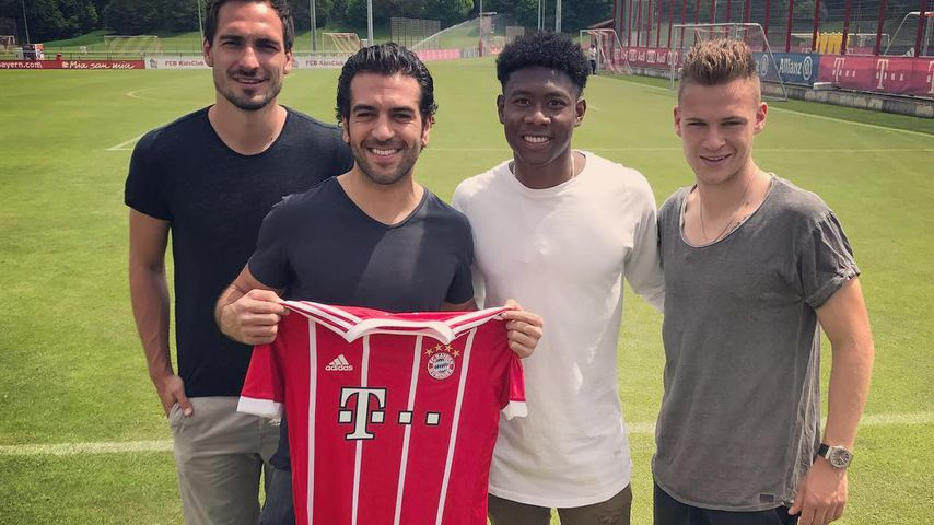 Nach FjG3-Dreh: Die Bayern-Stars beschenken Elyas M'Barek