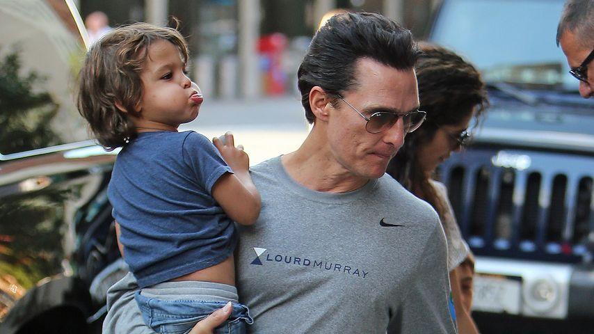 Frecher Set-Besuch: Matthew McConaughey bändigt seine Kids