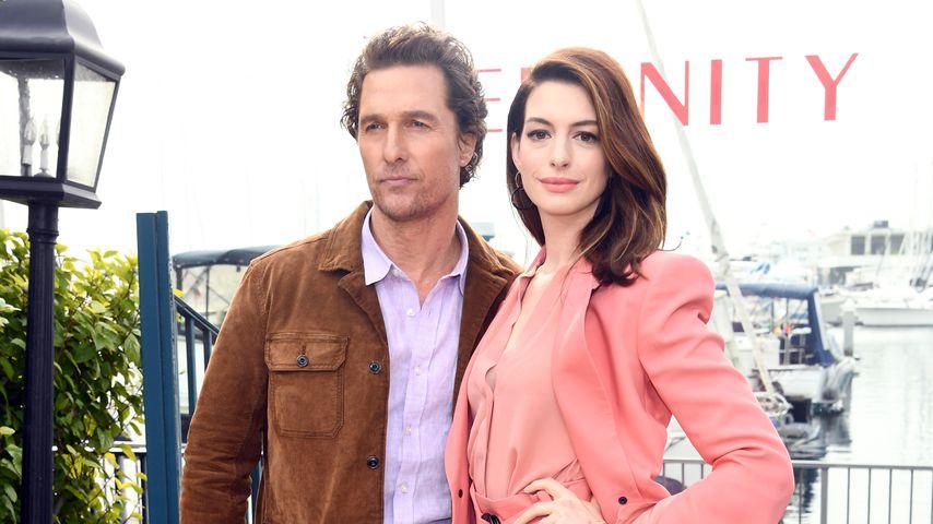 """Matthew McConaughey und Anne Hathaway bei einem Photocall zu ihrem Film """"Im Netz der Versuchung"""""""