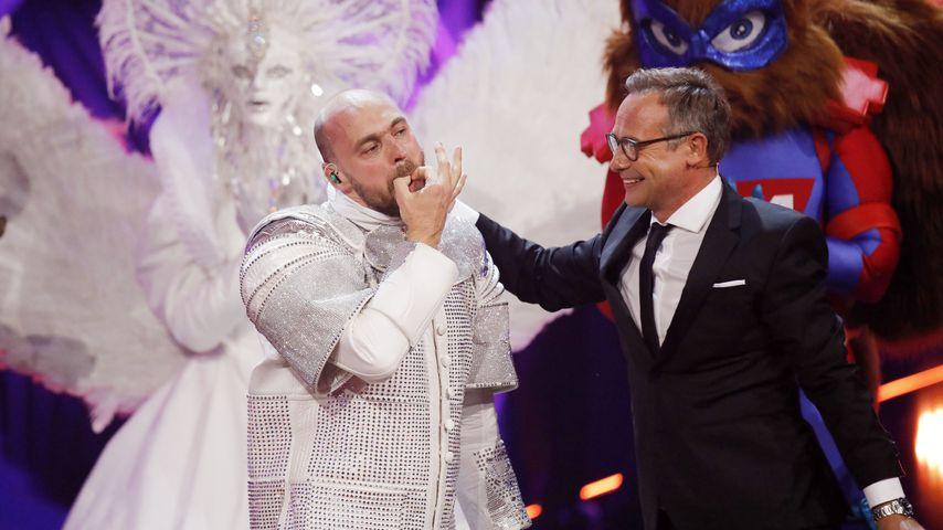 """Max Mutzke und Matthias Opdenhövel bei """"The Masked Singer"""""""