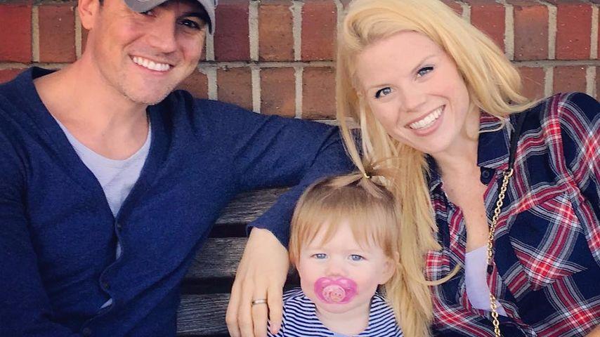 Megan Hilty mit Ehemann Brian und Tochter Viola