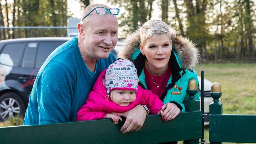 Melanie Müller, ihr Mann Mike und Töchterchen Mia Rose, Oktober 2019