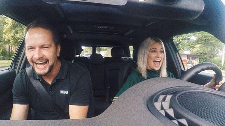 Endlich Führerschein: Melina Sophie macht ihre 1. Fahrstunde